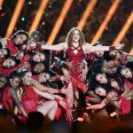 Shakira y J.Lo brillan en el juego de fútbol más latinoamericano de la historia - Ahora US